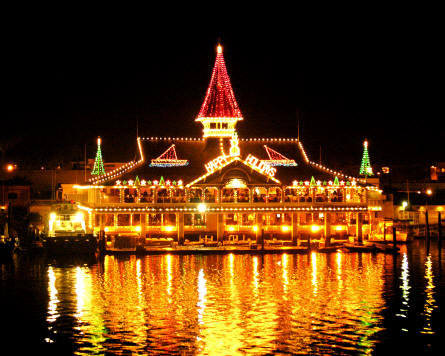 Newport Beach, California Named #2 U.S. Destination for Holiday Lights by Yahoo! Travel