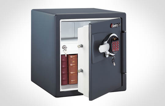 sentry safe won 39 t open called customer service great. Black Bedroom Furniture Sets. Home Design Ideas