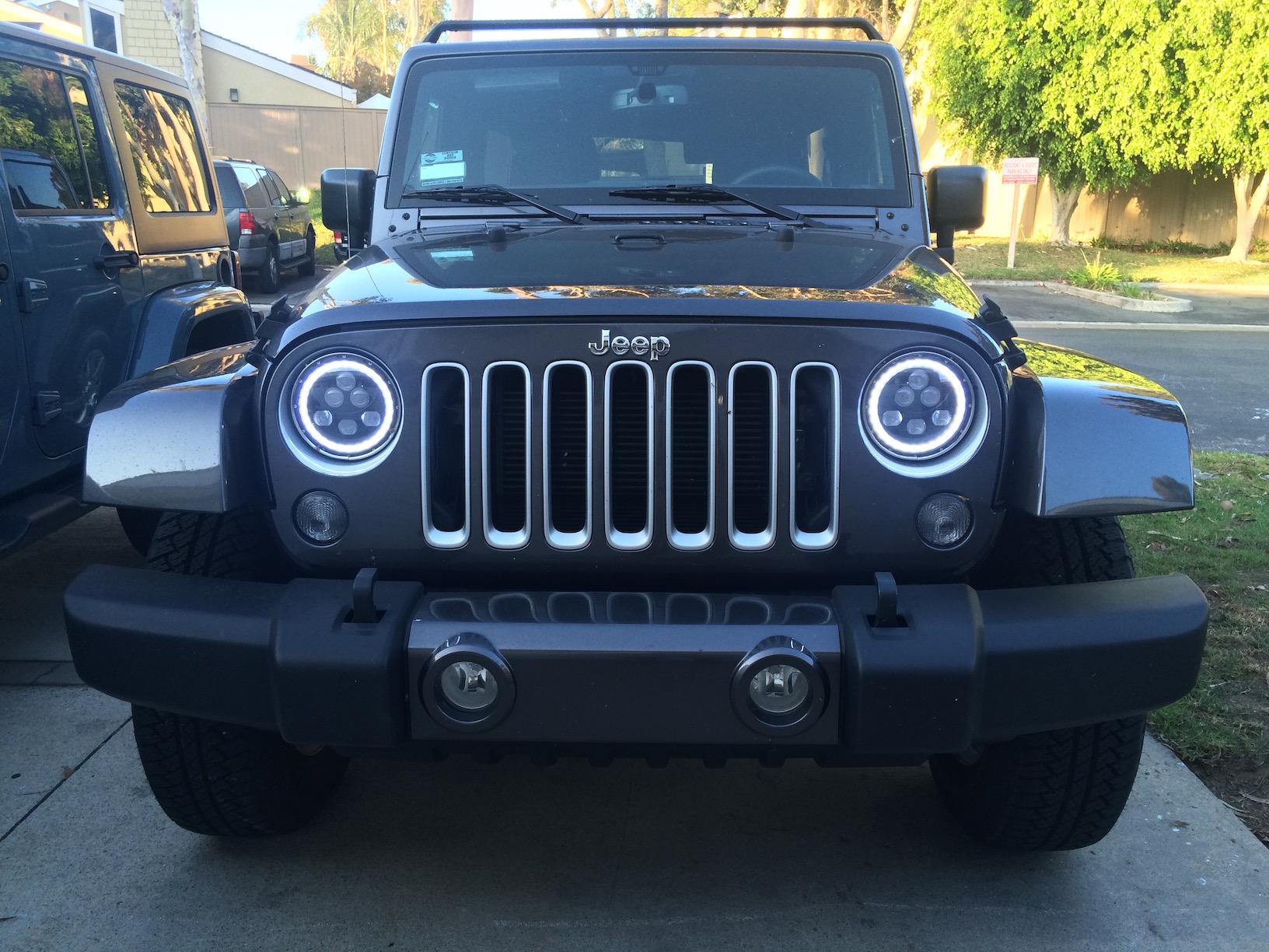 Halo Lights For Jeep Wrangler >> Led Halo Headlights Installed On Jeep Wrangler Jku Beach